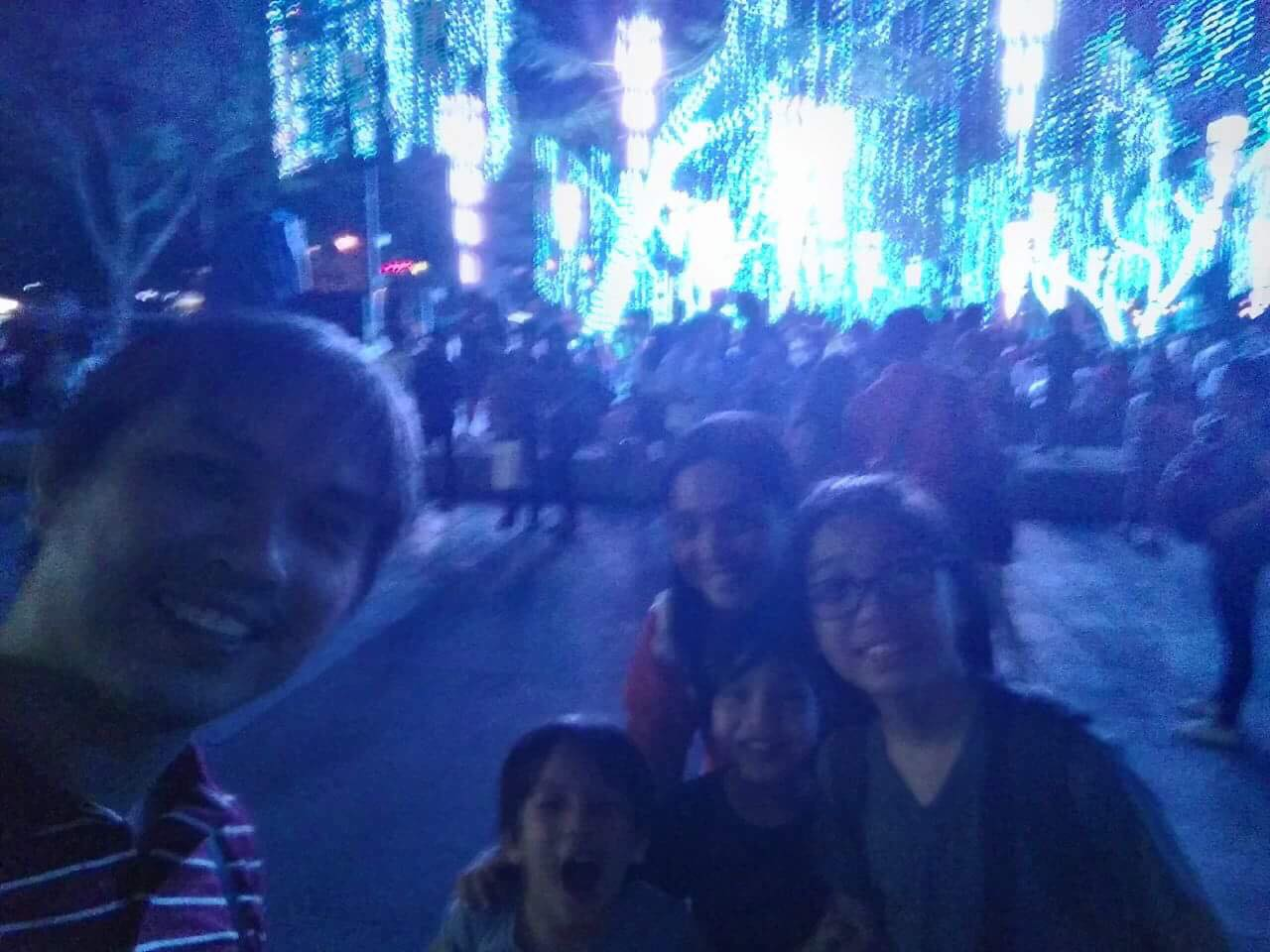 family-pic-lights